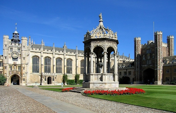 Cambridge s výukou